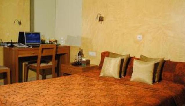 Ideal Hotel Piraeus