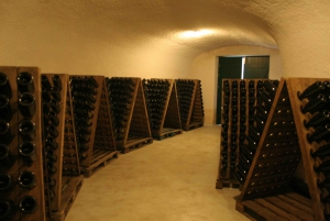 Mantinia: Private Wine Tasting with Cave Tour and Lunch