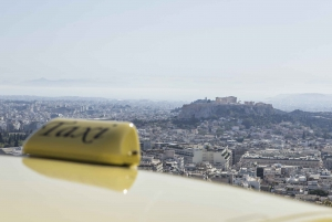 Piraeus Port: Taxi Transfer to or from Hotels in Athens