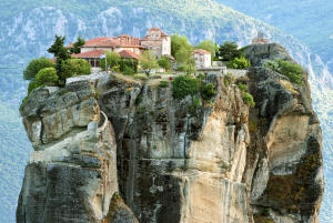 Private 2-Day Tour to Delphi & Meteora from Athens
