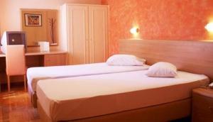 Remvi Hotel Athens