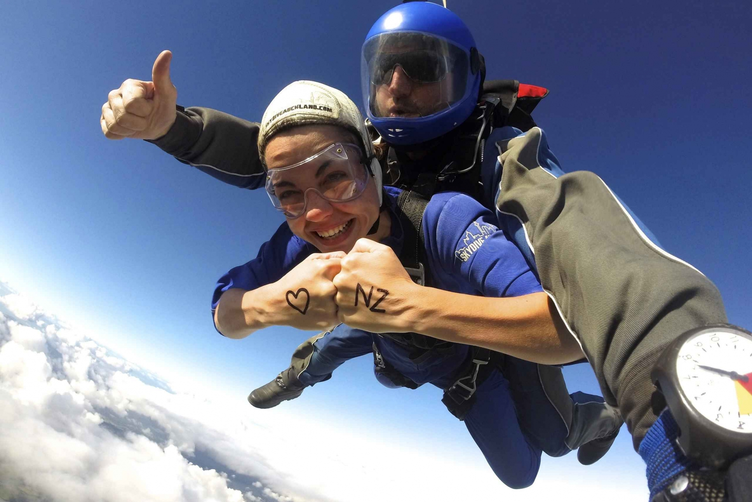 Auckland 13,000ft Tandem Skydive