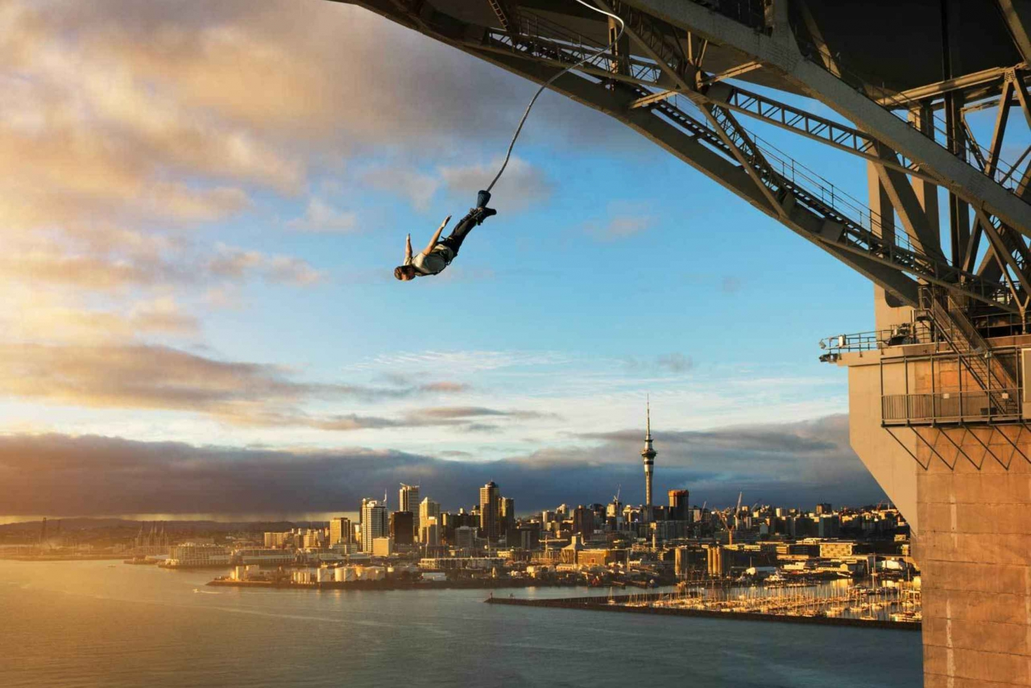 Auckland Harbour Bridge Bungee Jump