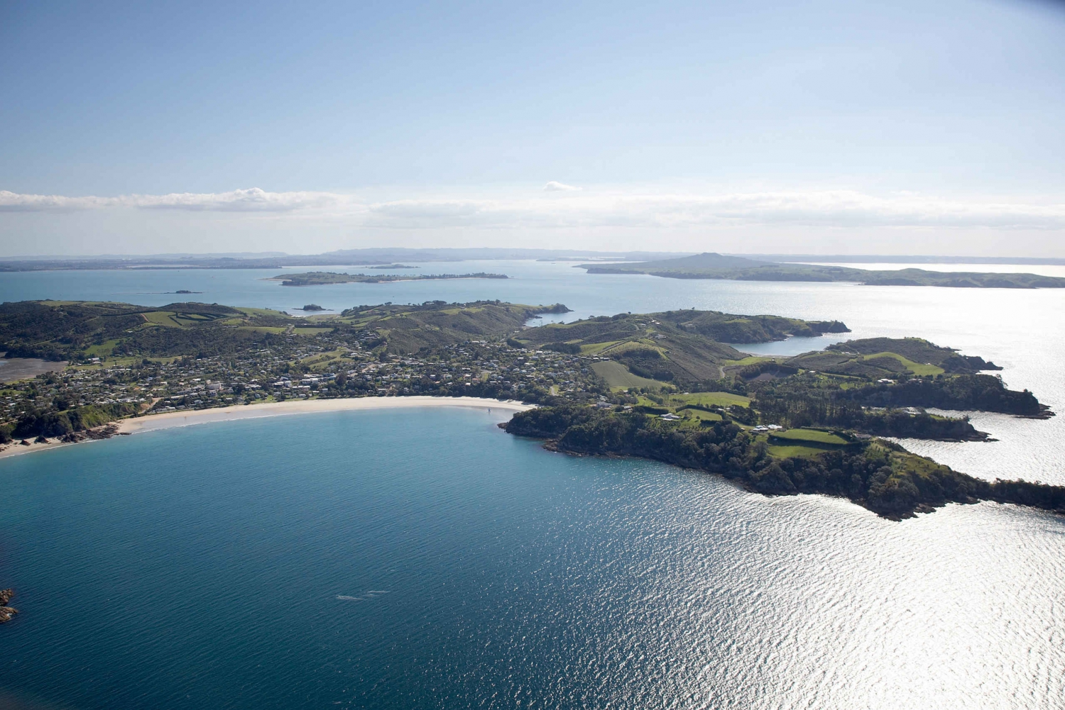 Auckland Sightseeing Trip with Waiheke Island Wine Tour