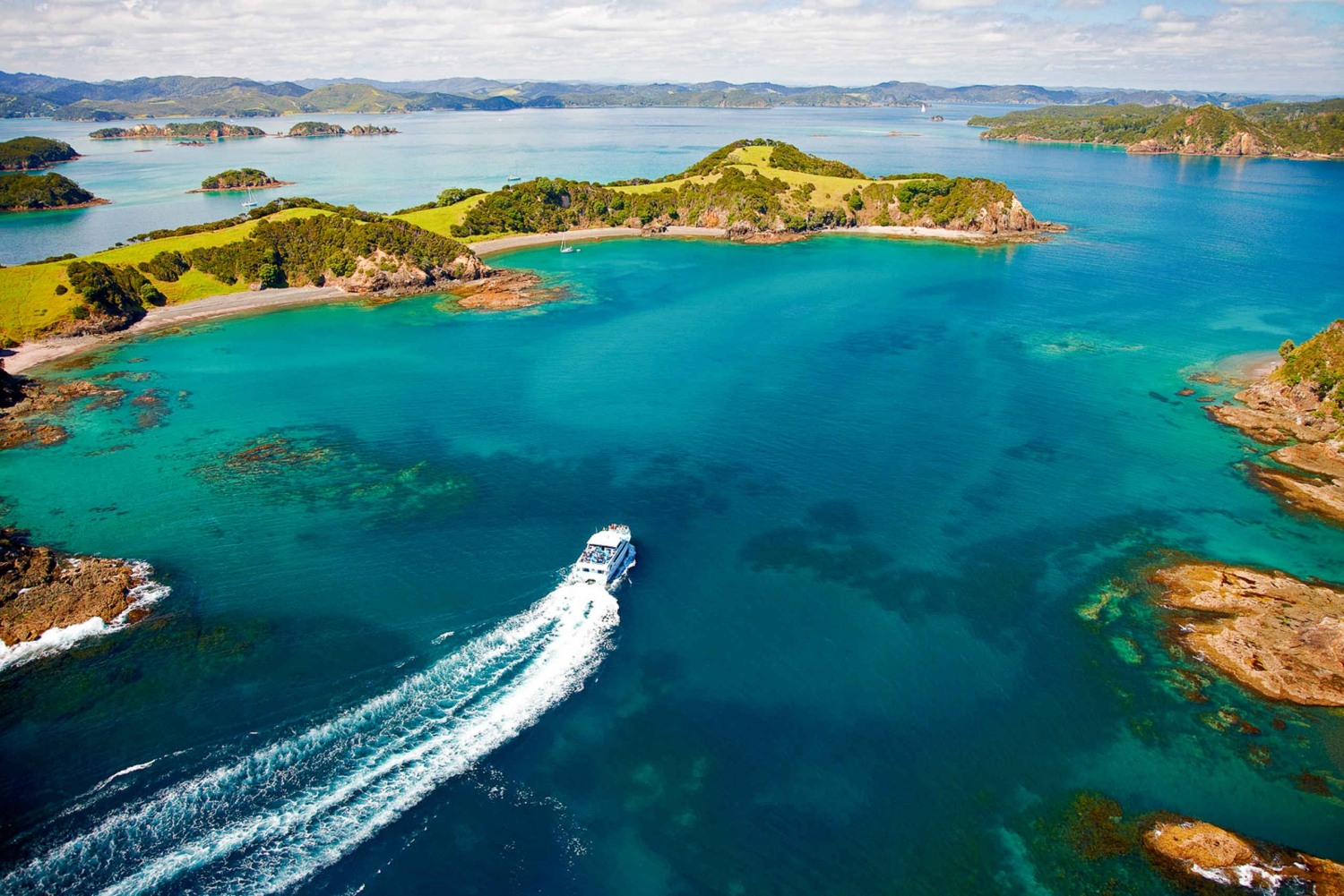 Bay of Islands, Hobbiton & Waitomo 2-Day Tour from Auckland