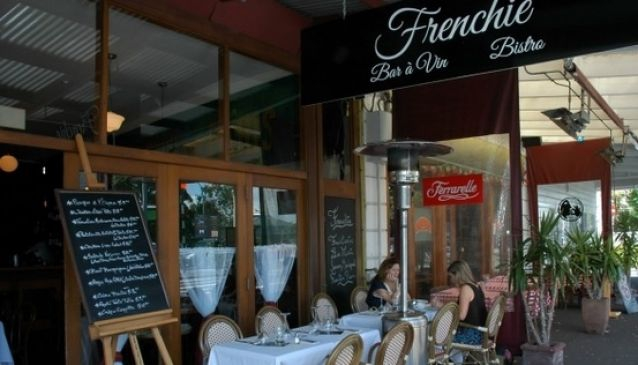 Frenchie Bar a Vin