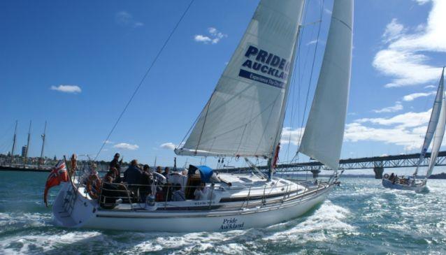 Harbour Sailing & Dinner Cruises