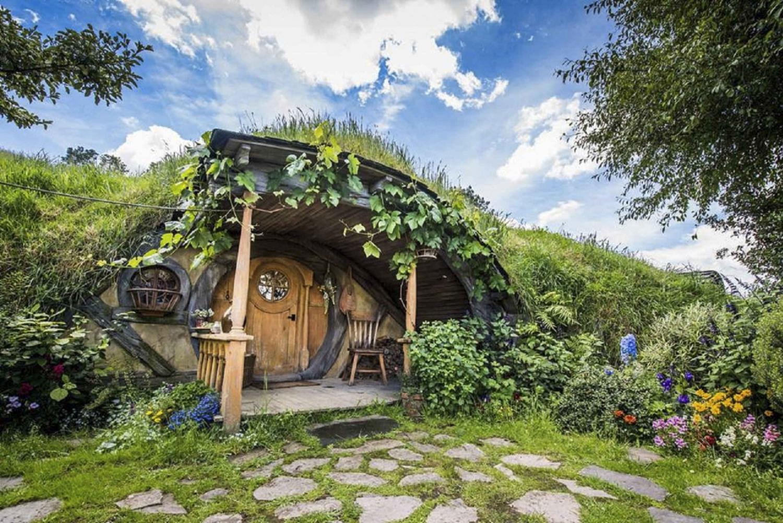 Hobbiton Movie Set Premium Day Tour from Auckland