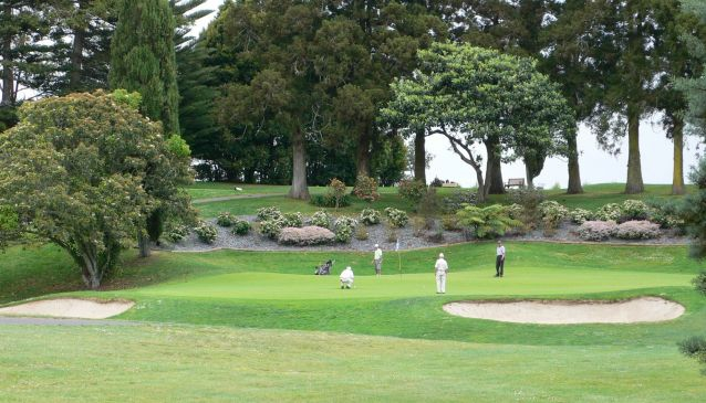 5 Golf Courses to Visit This Summer