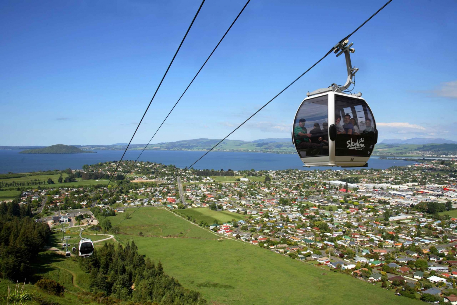 Waitomo & Rotorua Day Trip from Auckland with Gondola Ride
