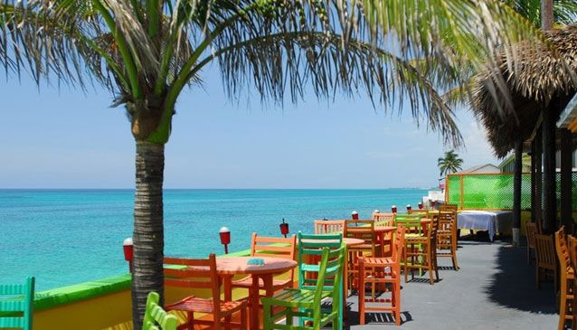 10 Popular Nassau Watering Holes