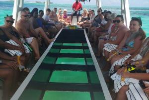 Nassau: Glass Bottom Boat, Banana Boat and Snorkelling Tour