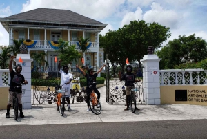 Nassau: Historic Downtown Nassau Bike Tour