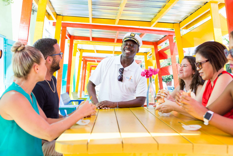 Nassau: Old Nassau Dining Stroll