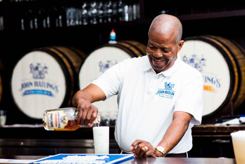 Nassau: Rum Tastings and Culinary Walking Tour