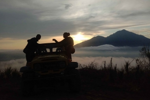 Bali: Mount Batur Sunrise Jeep Adventure with Breakfast
