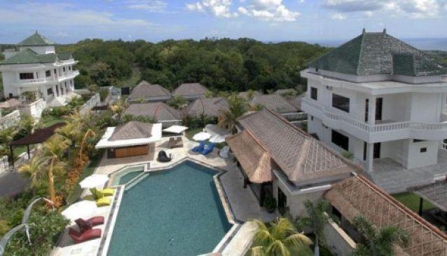 Dreamland Villas
