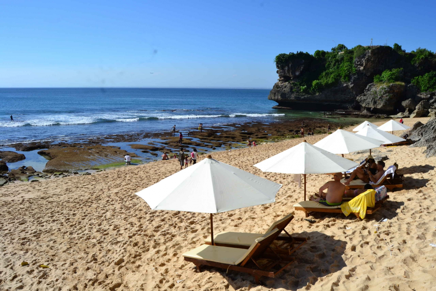 Full-Day Private White Sand Beaches and Sunset Tour