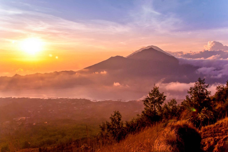Mt. Batur Sunrise Hike with 1-Night Stay in Kintamani