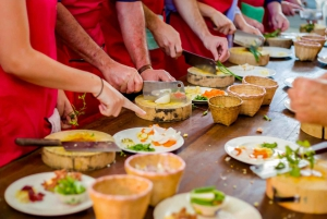 Private Balinese Cooking Class in a Family Home