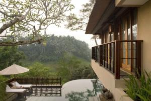 Ubud: 2-Night Romantic Getaway at the Kamandalu Ubud