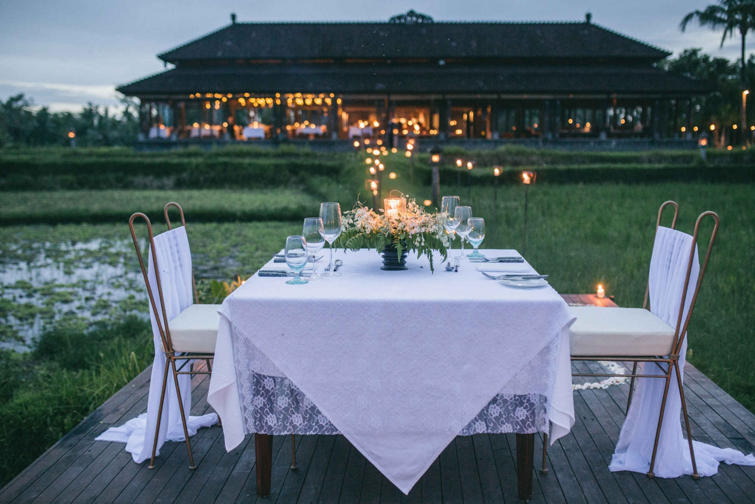 Ubud: Romantic Dinner among the Rice Fields