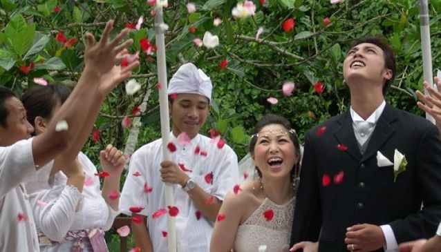 Weddings at Ubud Hanging Gardens