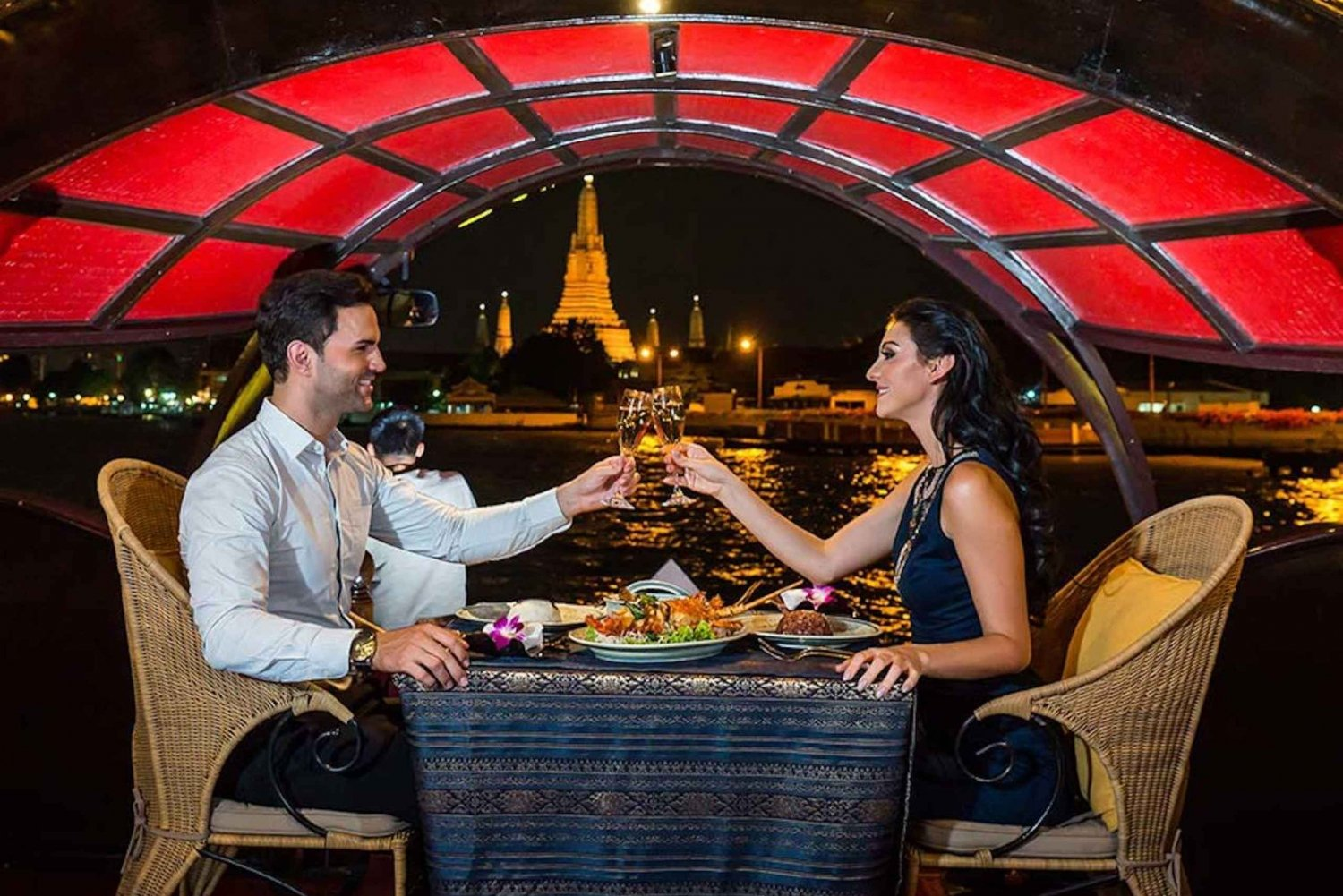 2-Hour Manohra Dining Cruise on a Luxury Antique Rice Barge