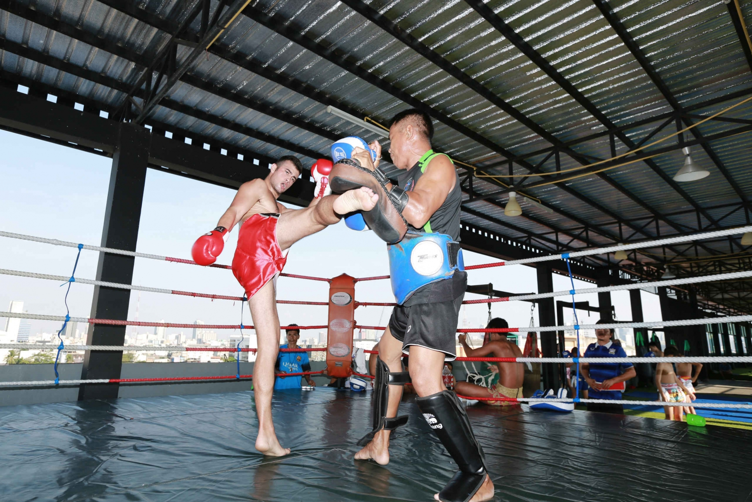 60-90 Minute Muay Thai Boxing Class for Beginners