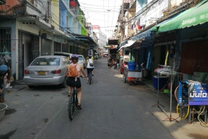 Bangkok: Bike and Canal Boat Tour with Lunch