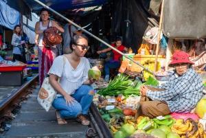 Bangkok: Damnoen Saduak, Maeklong and Mangrove Forest Tour