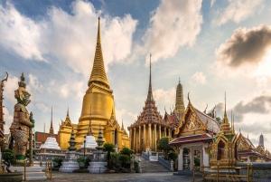 Bangkok: Grand Palace Self-Guided Walking Tour