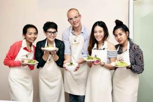 Bangkok: Half-Day Thai Cooking Class with Market Tour