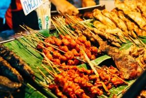Bangkok: Khlong Toei Market & Bang Krachao Island Bike Tour