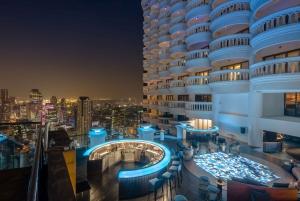 Bangkok: Lebua Rooftop Bar Reservation & Round-Trip Transfer