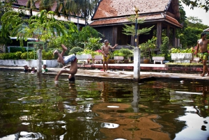 Bangkok: Thonburi Canals Cruise with Orchid Farm Visit