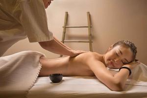 Bangkok: Yunomori Sukhumvit 60-Minute Body Scrub Massage
