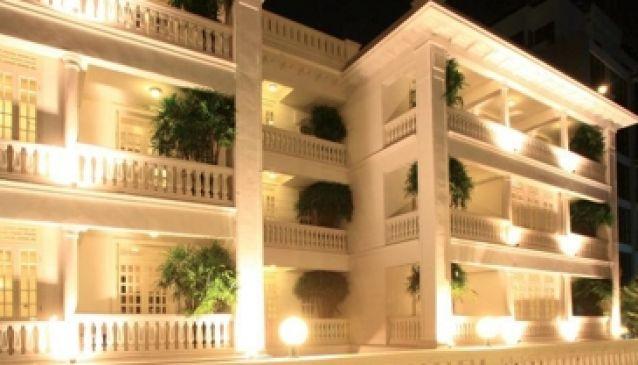 Cabochon Hotel