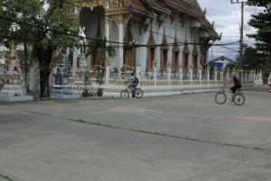 Colors Of Bangkok: 4-Hour Small Group Bike Tour