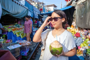 From Bangkok: Damnoen Saduak and Train Market Private Tour