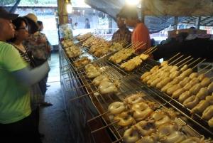 Local Weekend Markets: Khlong Lat Mayom & Chatuchak Tour