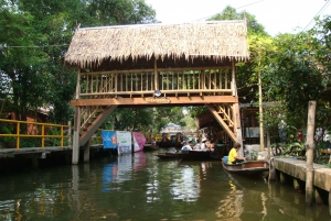 Longtail Boat Adventure to the Local Weekend Floating Market