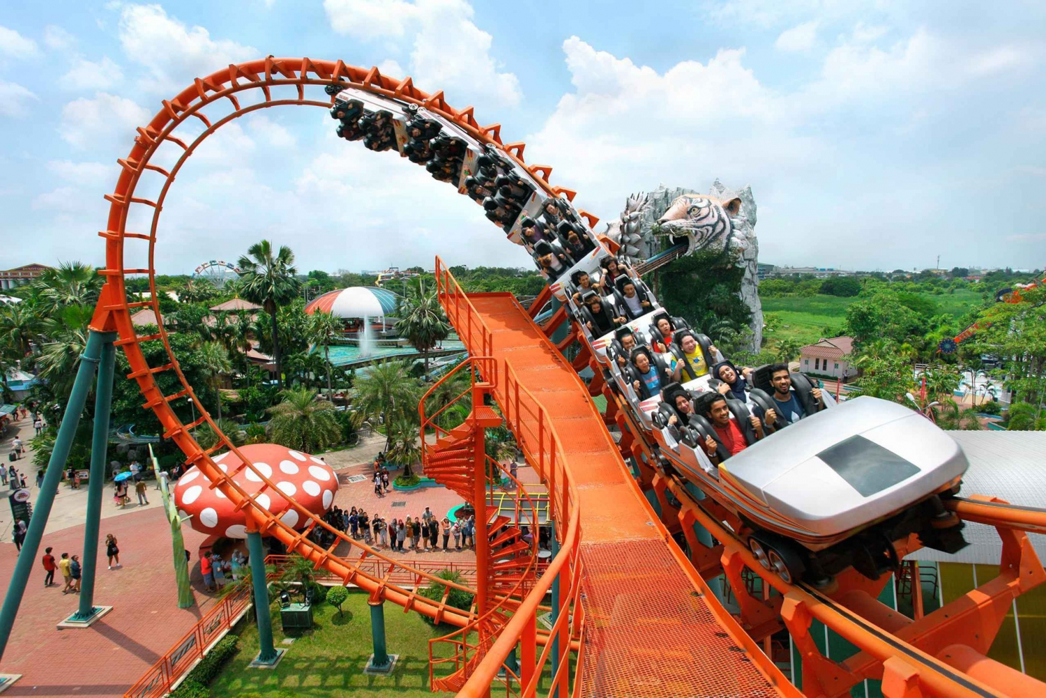 Siam Park City: Ticket & Buffet Lunch with Optional Transfer