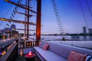Sirimahannop Luxury Boat Set Menu