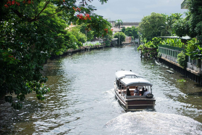 Wat Arun & Royal Barge Charter Sightseeing Luxury Boat Tour