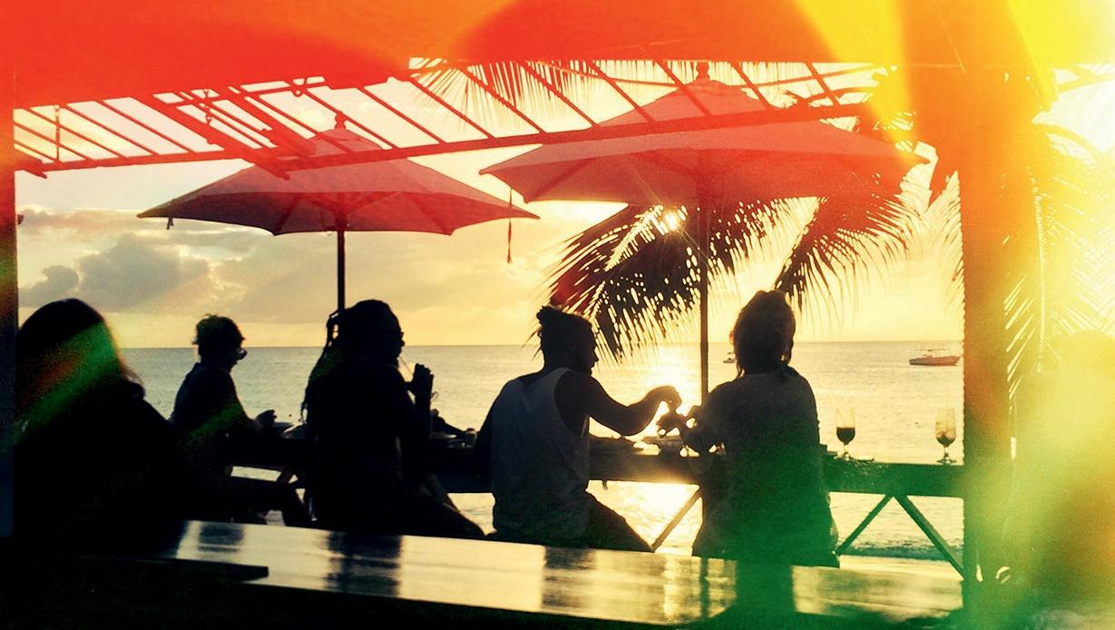 Zaccios Restaurant & Beach Bar