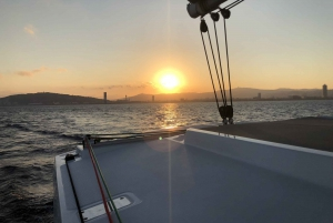 3-hour Catamaran Sailing Experience