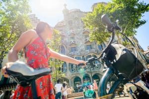 4.5-Hour Barcelona Sightseeing e-Bike Tour