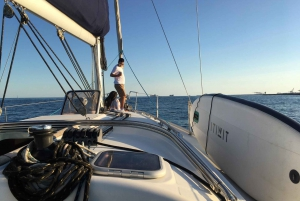 Barcelona: 1.5-Hour Sunset Cruise on a Sailing Boat