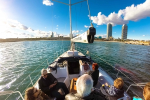 Barcelona: 1.5-Hour Vermouth Sailing Tour from Port Vell